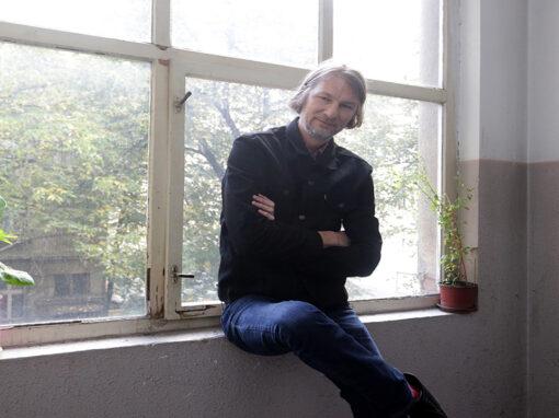 "Dejan Gvozden predstavio singl  ""U tvojim očima"""