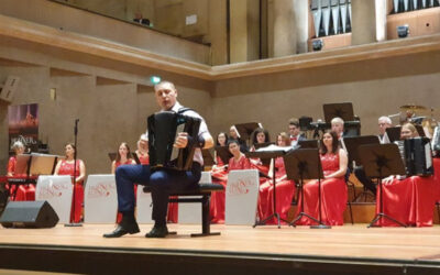 Petar Dinčić iz Srbije najbolji harmonikaš sveta u master kategoriji